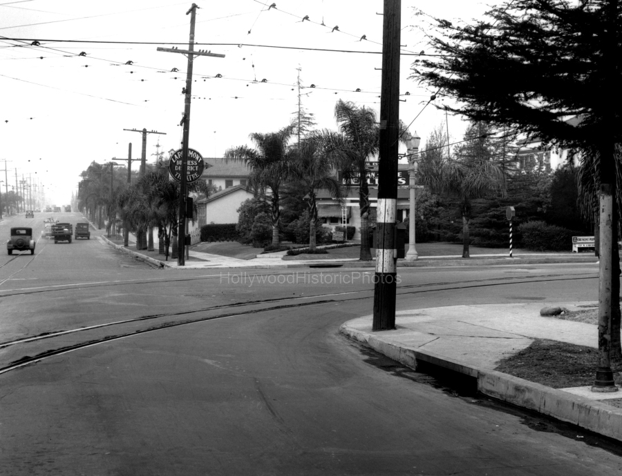 3-Larchmont1932At3rdStreet